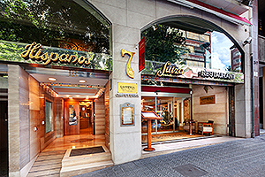 ILC-blog-Family-Travel-Lodging-Options-in-Barcelona-Spain