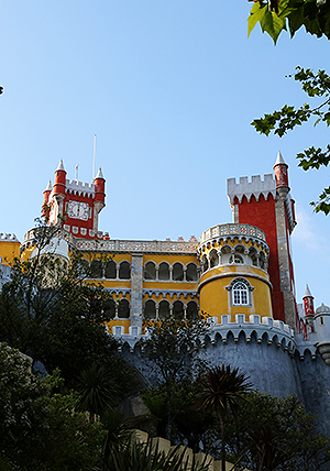 ILC-blog-Private-Tours-Lisbon-City-Tour-Queluz-Sintra-Estoril-(Full-Day)